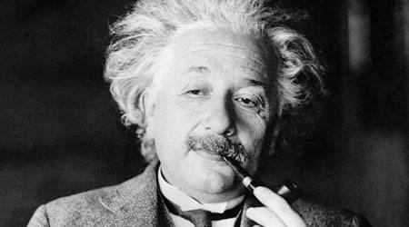 愛因斯坦英文名言【經典語錄網】