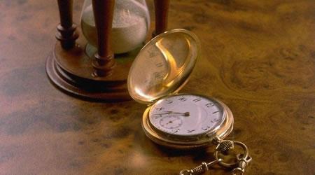 經典心情語錄:任何一個人都在失去同一種東西,那就是時間【經典語錄網】