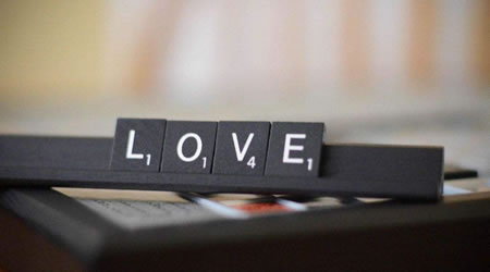15個經典愛情語錄:我的世界不允許你的消失,不管結局是否完美【經典語錄網】