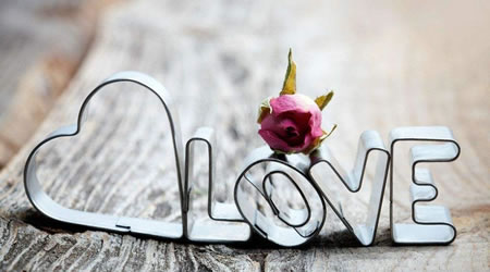 經典愛情語錄短文:愛一個人好累,想一個人好苦,忘一個人好難【經典語錄網】