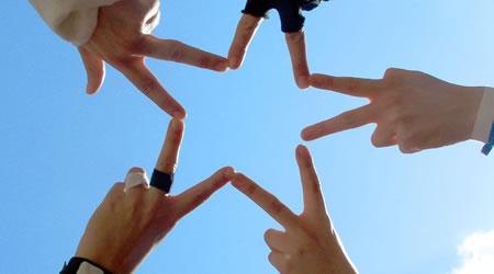 24個經典朋友友情語錄:友誼天長地久,句句都是感同身受的真情【經典語錄網】