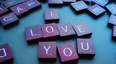 經典感情短文愛情語錄:如果你喜歡的人,不回你資訊【經典語錄網】